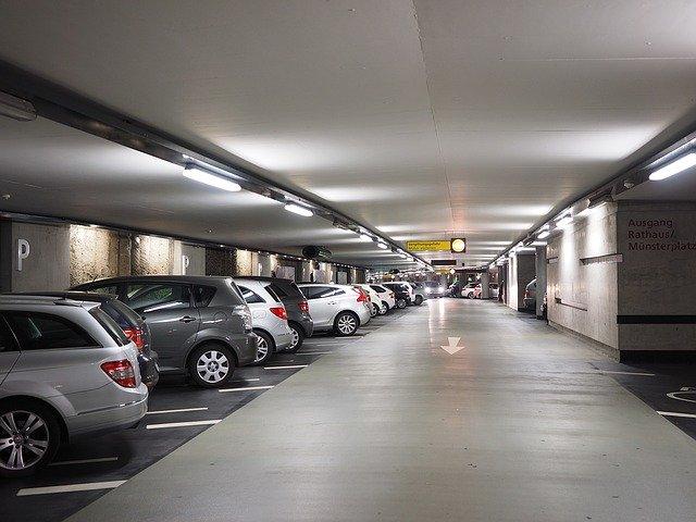 駐車場や駐輪場に防犯カメラを設置する効果とは?