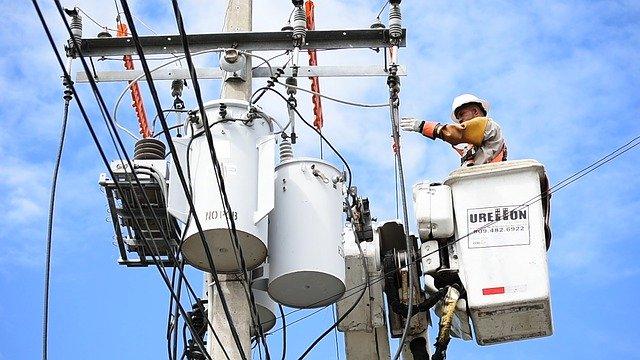 NTTが行うビジネスホンの屋外回線工事の費用を紹介します!