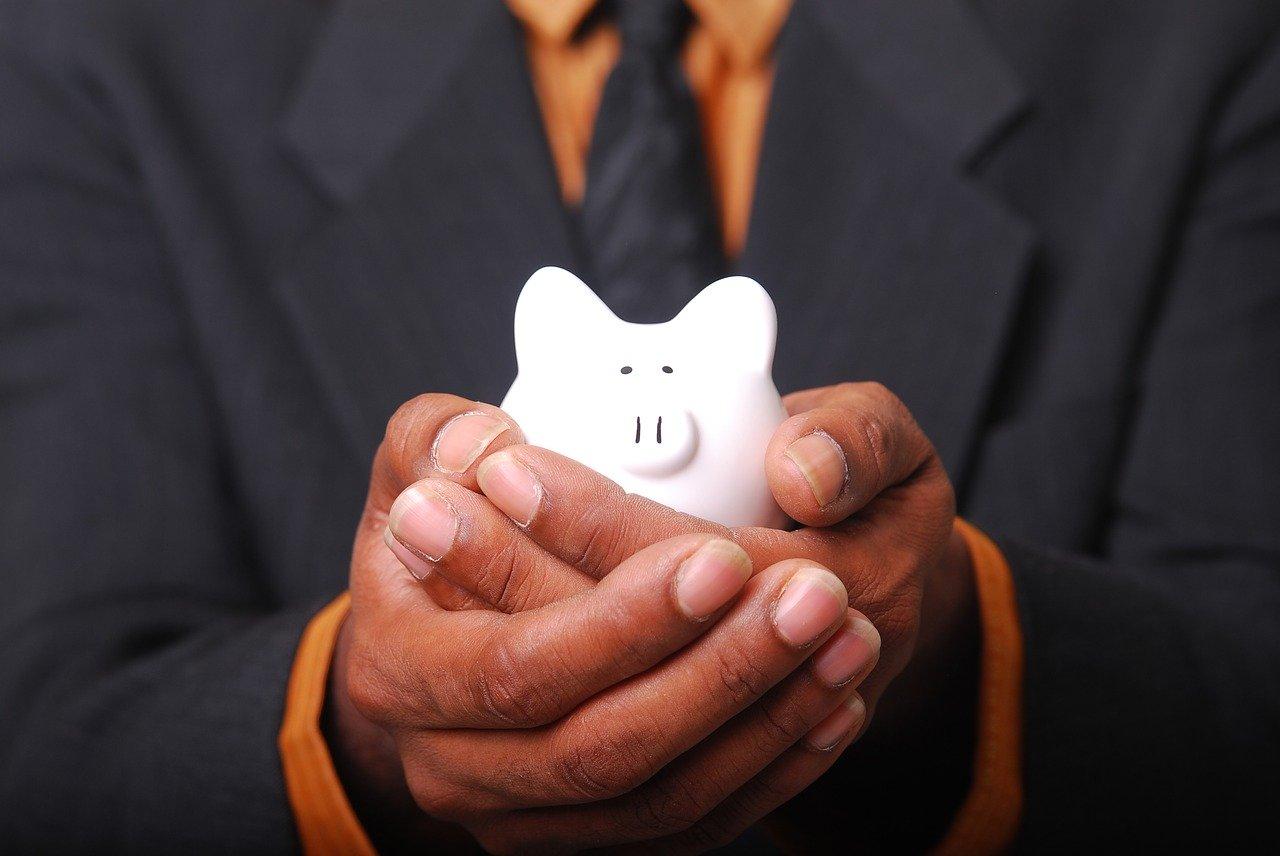 勤怠管理システムの初期費用・ランニングコストの相場を紹介