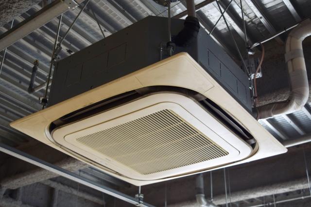業務用エアコンと家庭用エアコンの違いについて徹底比較