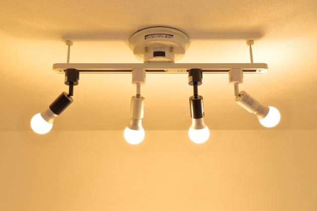 水銀灯からLED照明への交換でトラブルを防ぐ5つの注意点