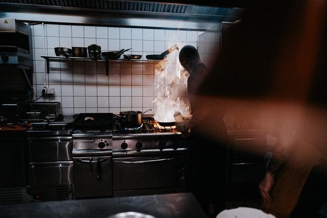 飲食店開業時に押さえておくべき消防法の基本や必要な書類