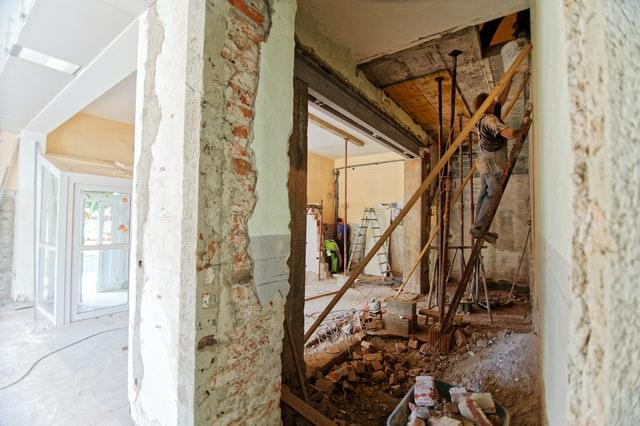原状回復と内装解体、スケルトン工事それぞれの違いとは?